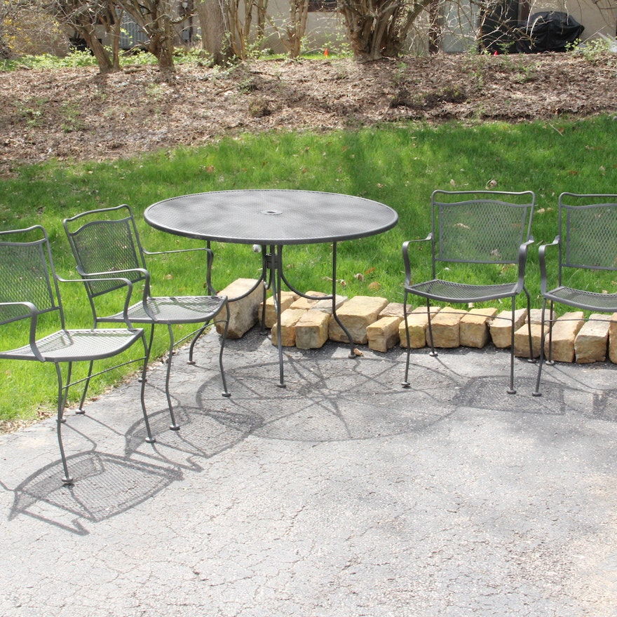 Ed Bauer Mesh Patio Table And Four Chairs