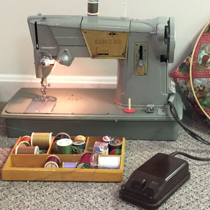 Vintage Singer Sewing Machine, Sewing Basket and Quilt Hoop