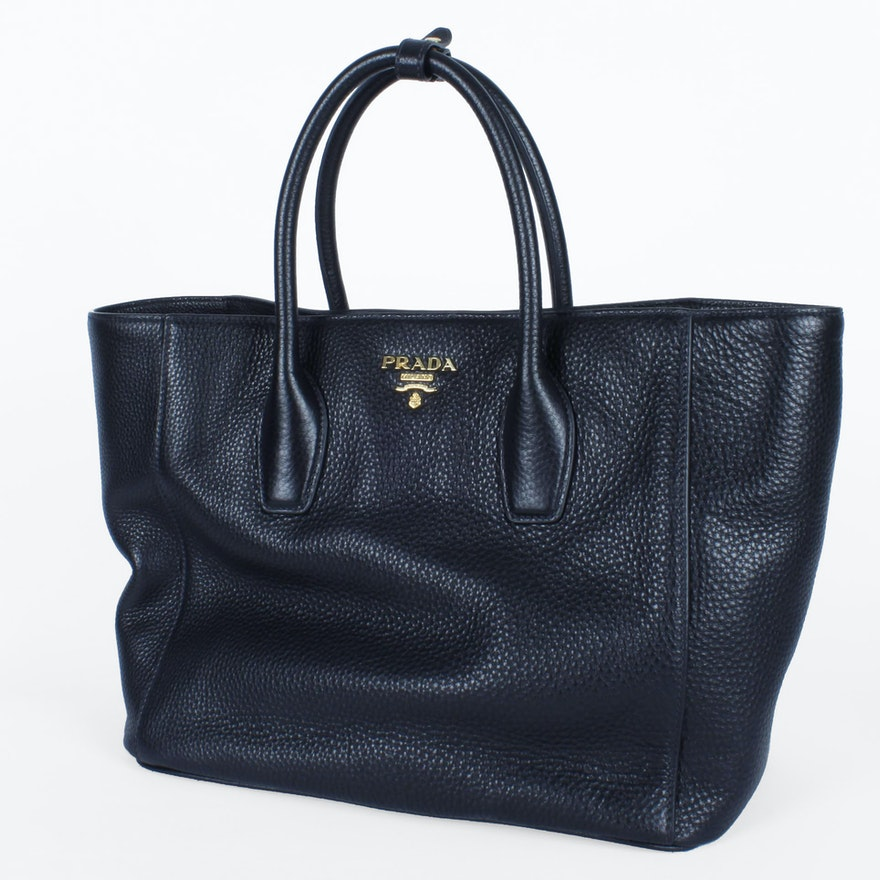 c43a53be71 Prada Black Pebbled Leather Handbag   EBTH