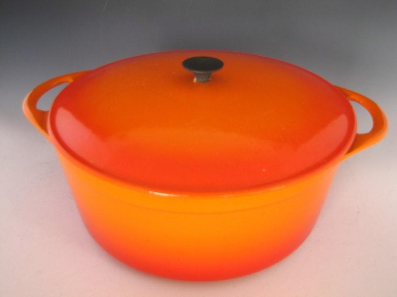 vintage flame orange le creuset cousances 31 stock pot like new ebth. Black Bedroom Furniture Sets. Home Design Ideas
