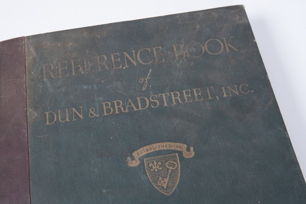 Vintage dun and bradstreet reference book ebth for Donald bradstreet