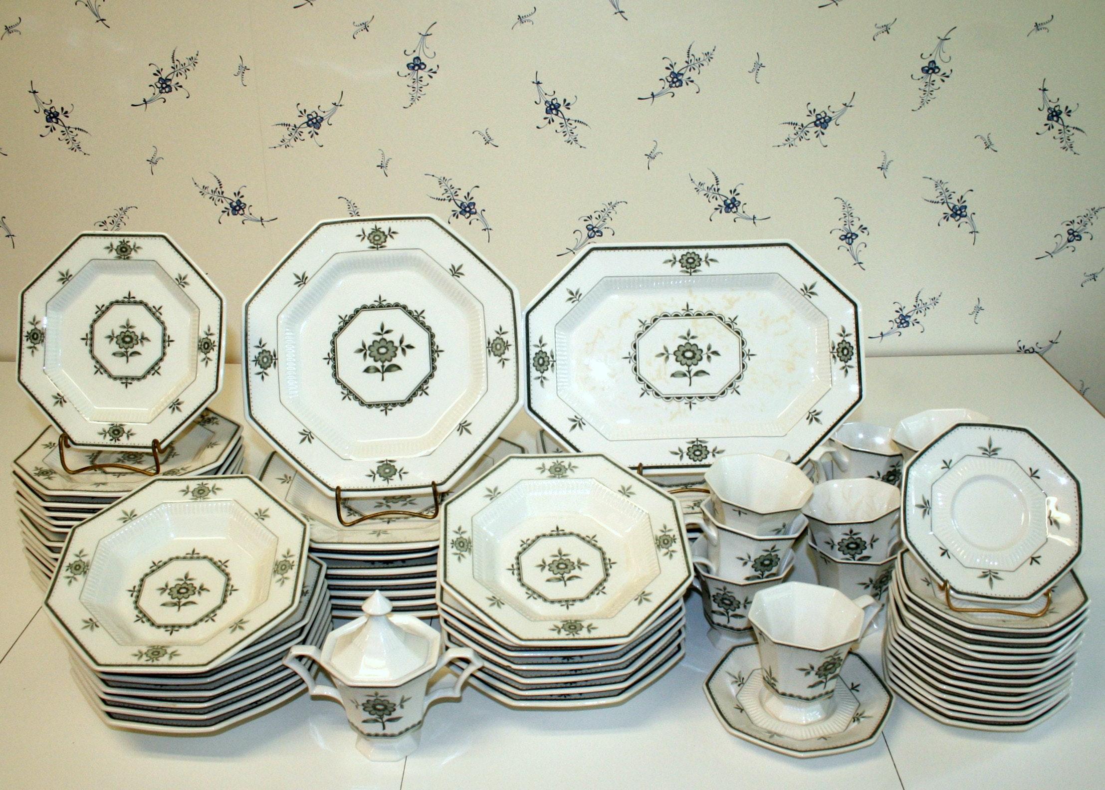 Vintage Independence Ironstone Dinnerware ... & Vintage Independence Ironstone Dinnerware : EBTH