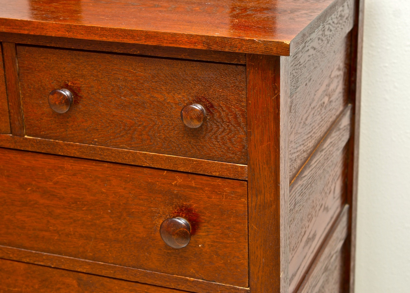 Antique Shaker Style Chest Of Drawers Ebth