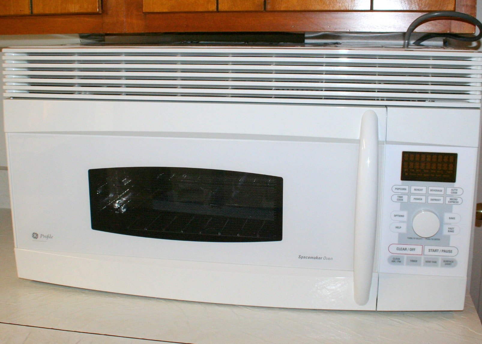 Under Cabinet GE Profile Microwave/Convection Oven ...