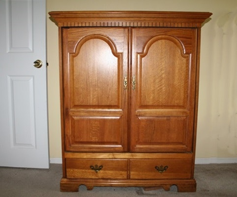 Broyhill Furniture Entertainment Center ...