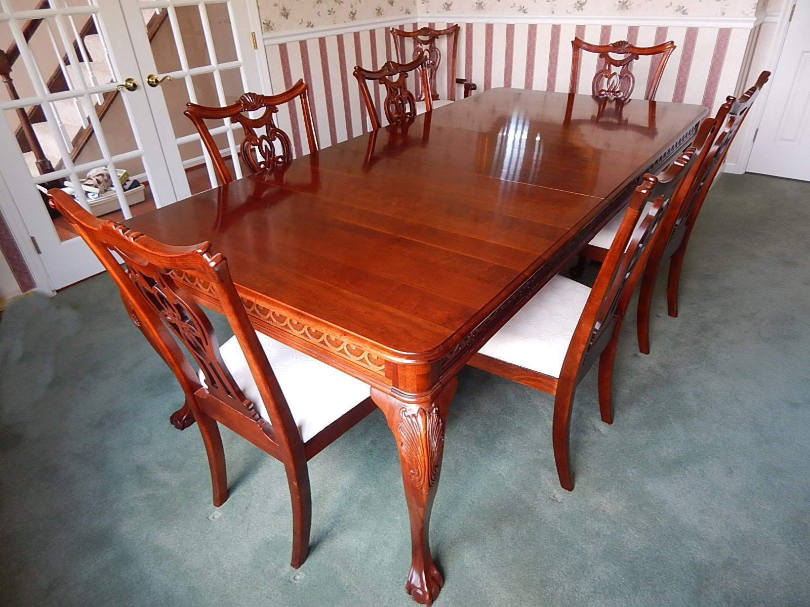 pennsylvania house cherry chippendale style table and chairs ebth rh ebth com Pennsylvania House Cherry Bedroom pa house cherry dining room set