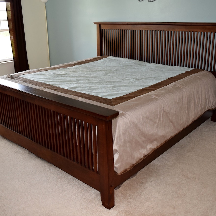 American Signature Arts And Crafts Style King Size Bed