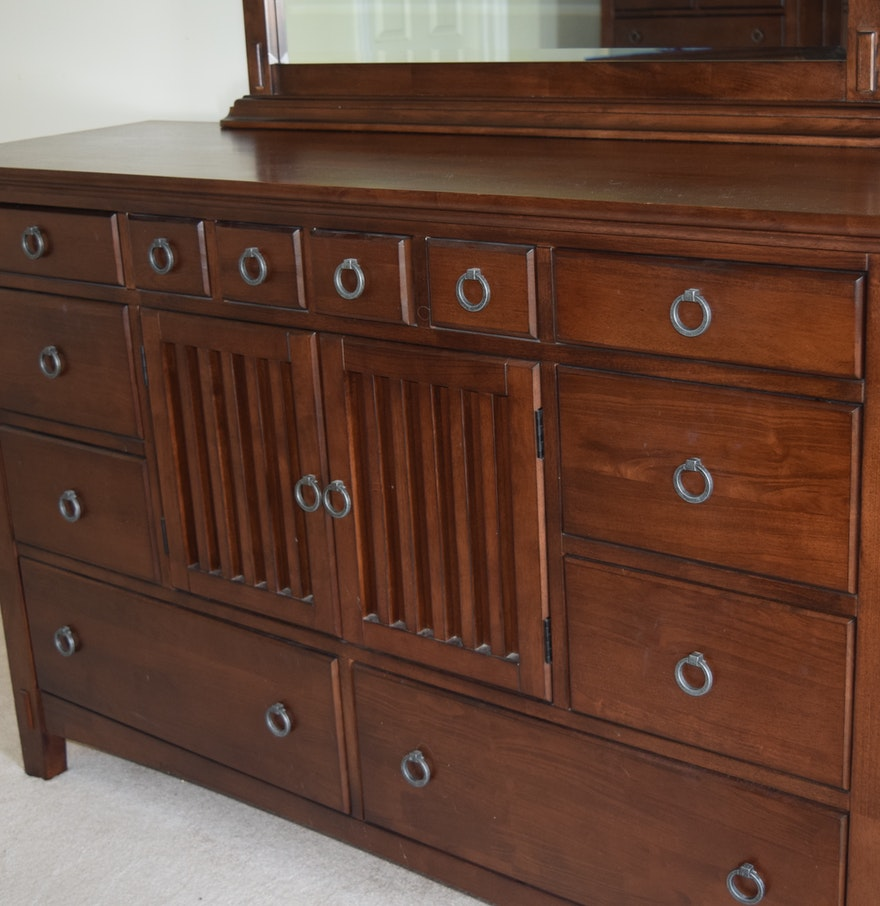 American signature arts and crafts bedroom dresser and for Arts and craft bedroom furniture