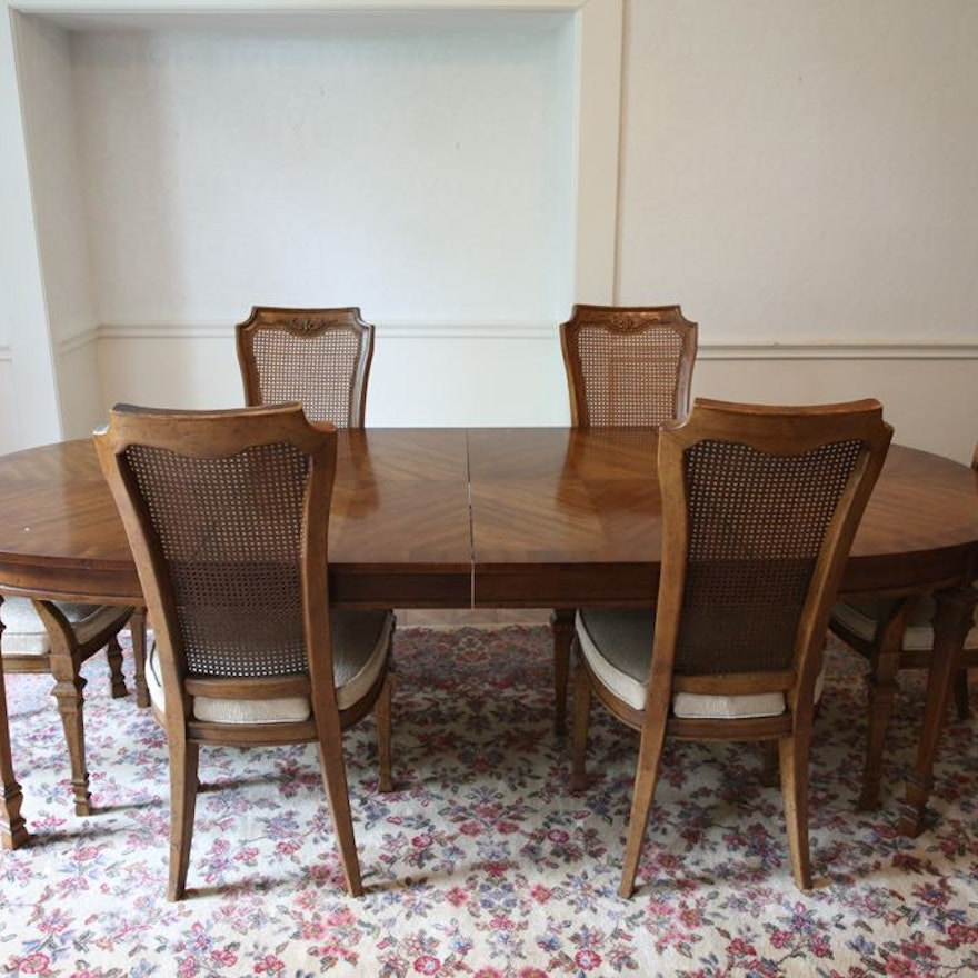 Mediterranean Style Dining Room Sets: Vintage Mediterranean Style Oval Dining Table And Chairs