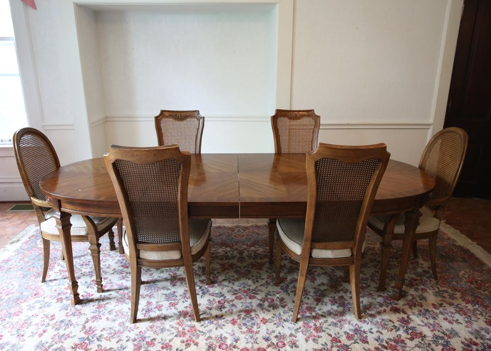 Vintage Mediterranean Style Oval Dining Table And Chairs ...