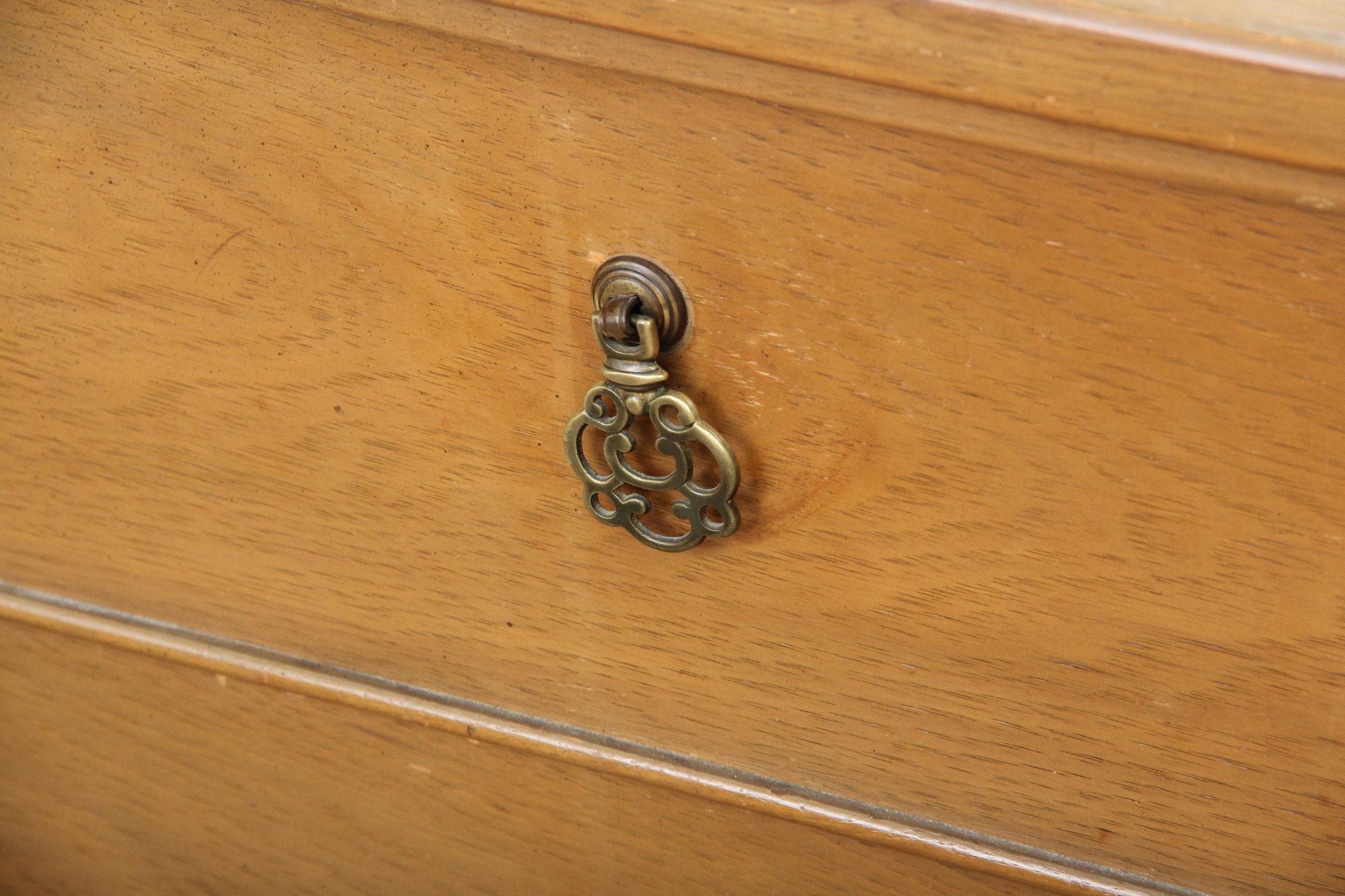 Vintage Dressers By Kroehler Ebth