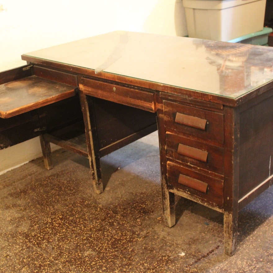 Vintage Teacher's Desk ... - Vintage Teacher's Desk : EBTH