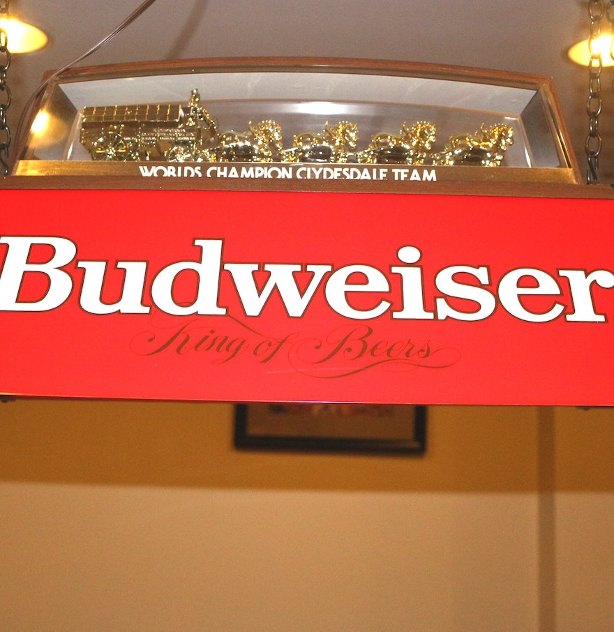 Budweiser Clydesdale Pool Table Light : EBTH