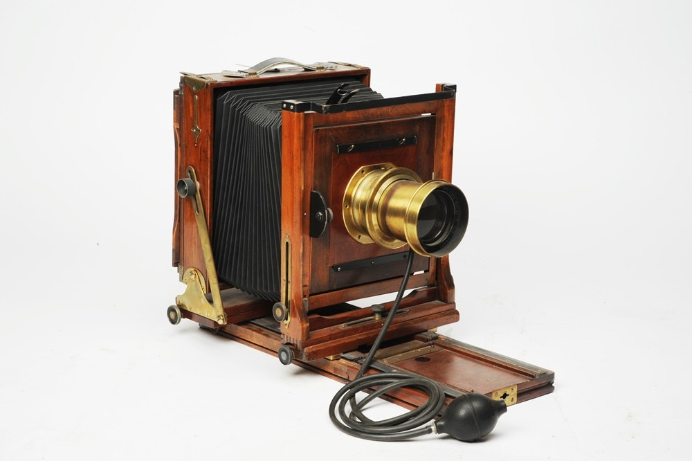 Antique View Camera For 8x10 Plates With Wollensak Portrait Lens ... & Antique View Camera For 8x10 Plates With Wollensak Portrait Lens : EBTH