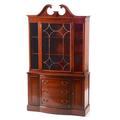 Bernhardt Mahogany China Cabinet - Vintage And Antique Cabinets Auction In Cincinnati, Ohio Fine