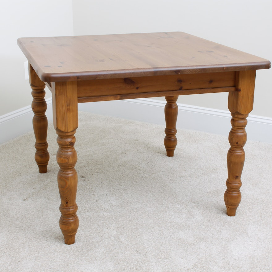Knotty Pine Pottery Barn Dining Table EBTH - Pottery barn pine table
