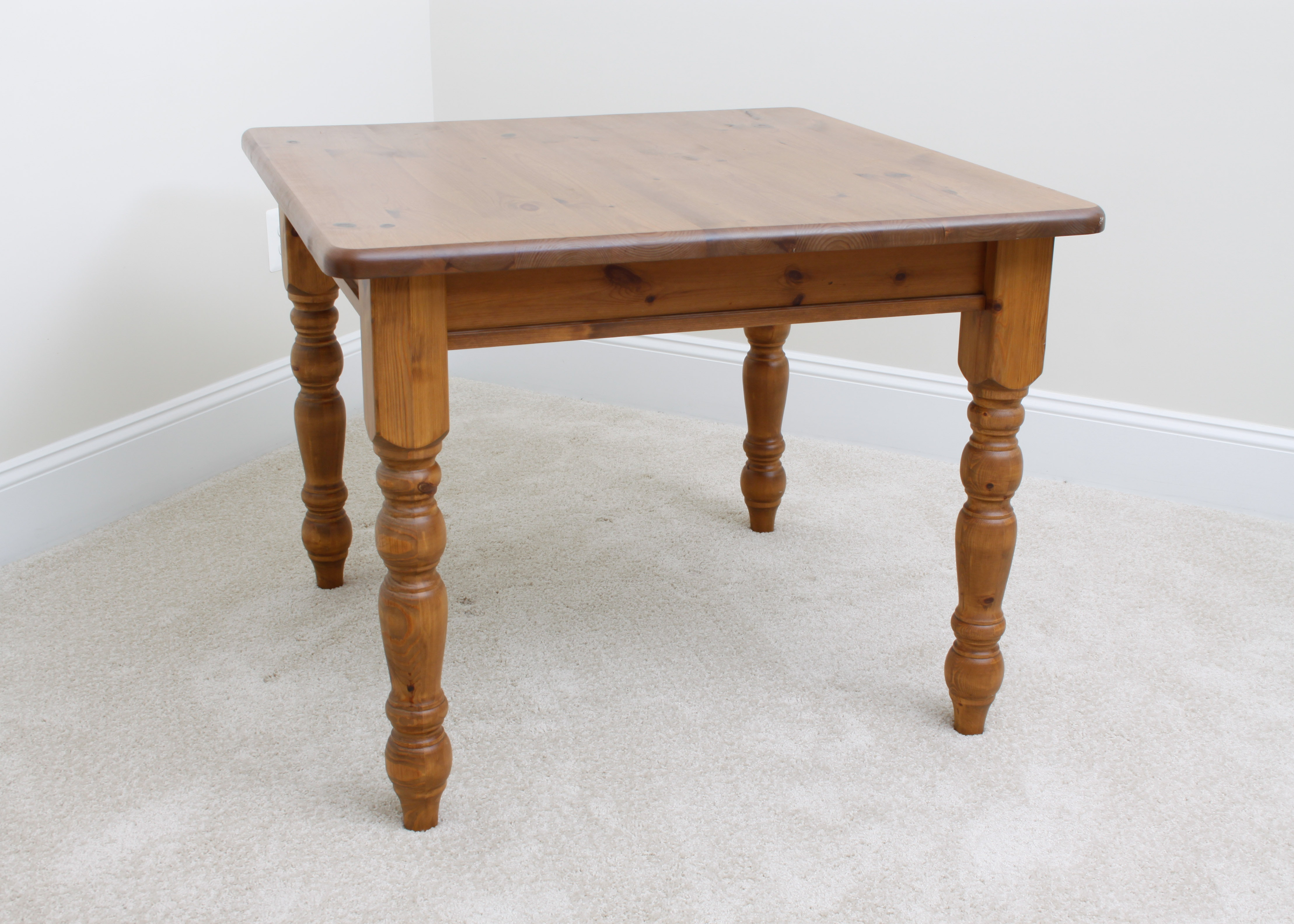 Knotty Pine Pottery Barn Dining Table ...