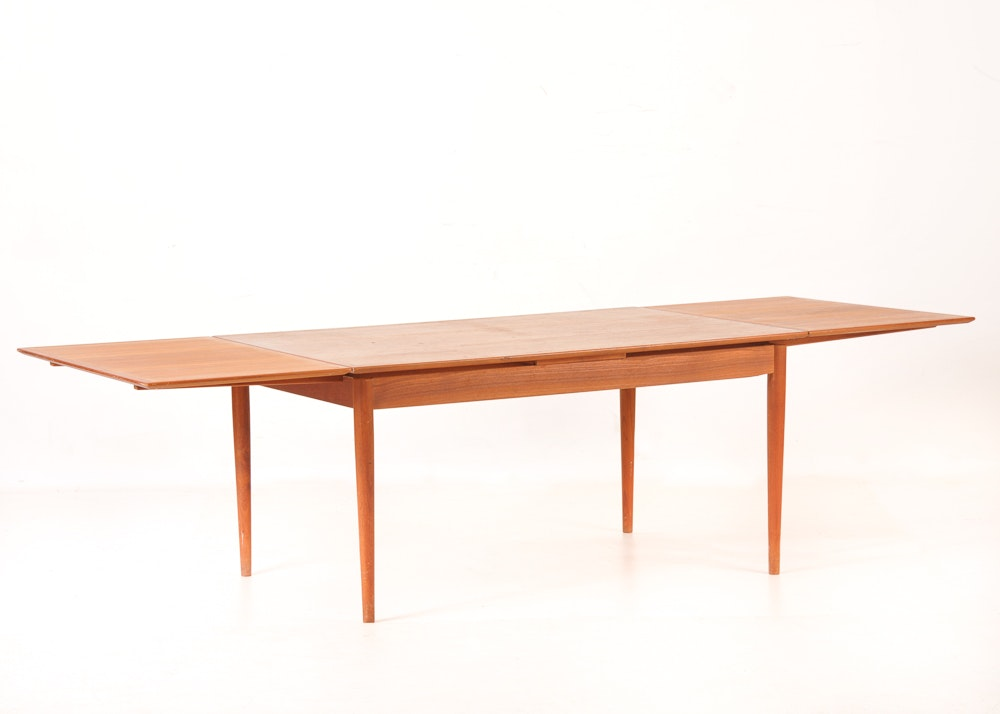 Danish Modern Teak Draw Leaf Dining Table Ebth