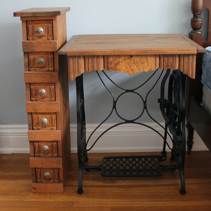 Kenwood Antique Sewing Desk and Matching Storage Stand ... - Kenwood Antique Sewing Desk And Matching Storage Stand : EBTH