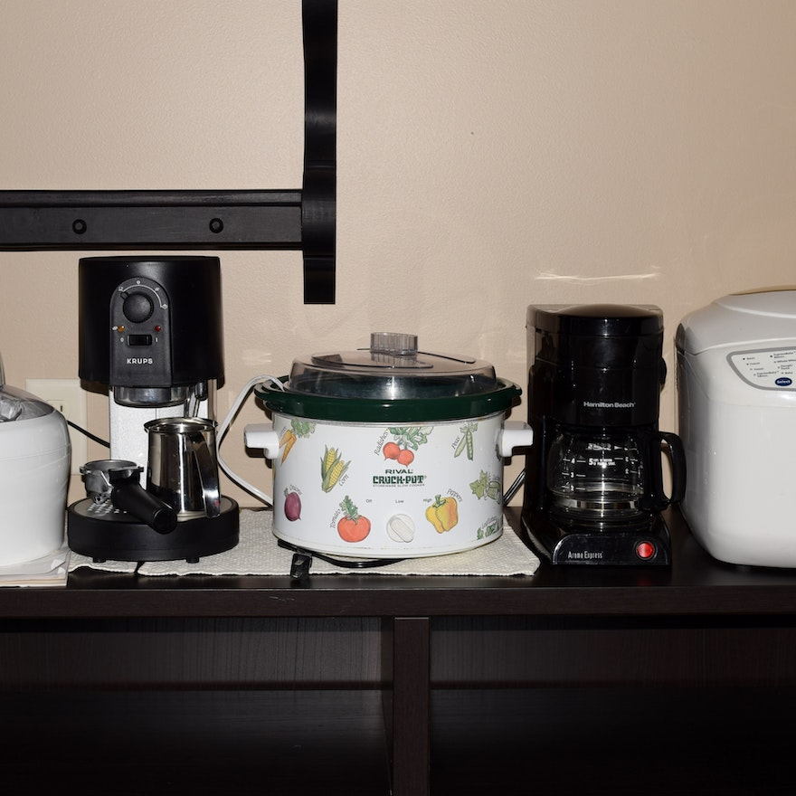 Group Of Useful Kitchen Appliances Ebth