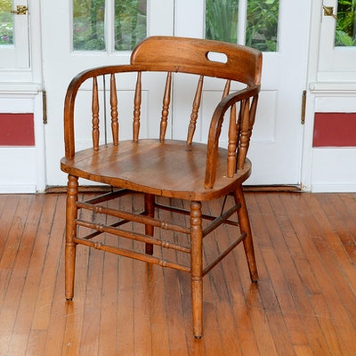 Oak Spindle Back Captain's Chair - Vintage Chairs, Antique Chairs And Retro Chairs Auction In Hyde Park