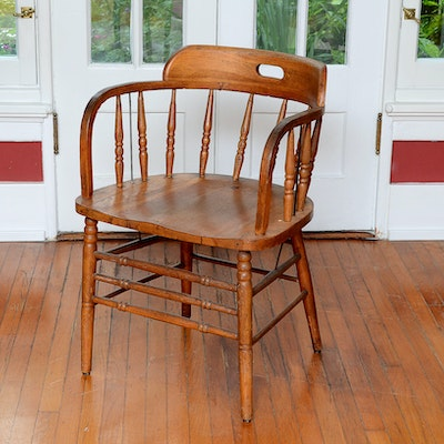 Oak Spindle Back Captain's Chair - Vintage Chairs, Antique Chairs And Retro Chairs Auction In Hyde