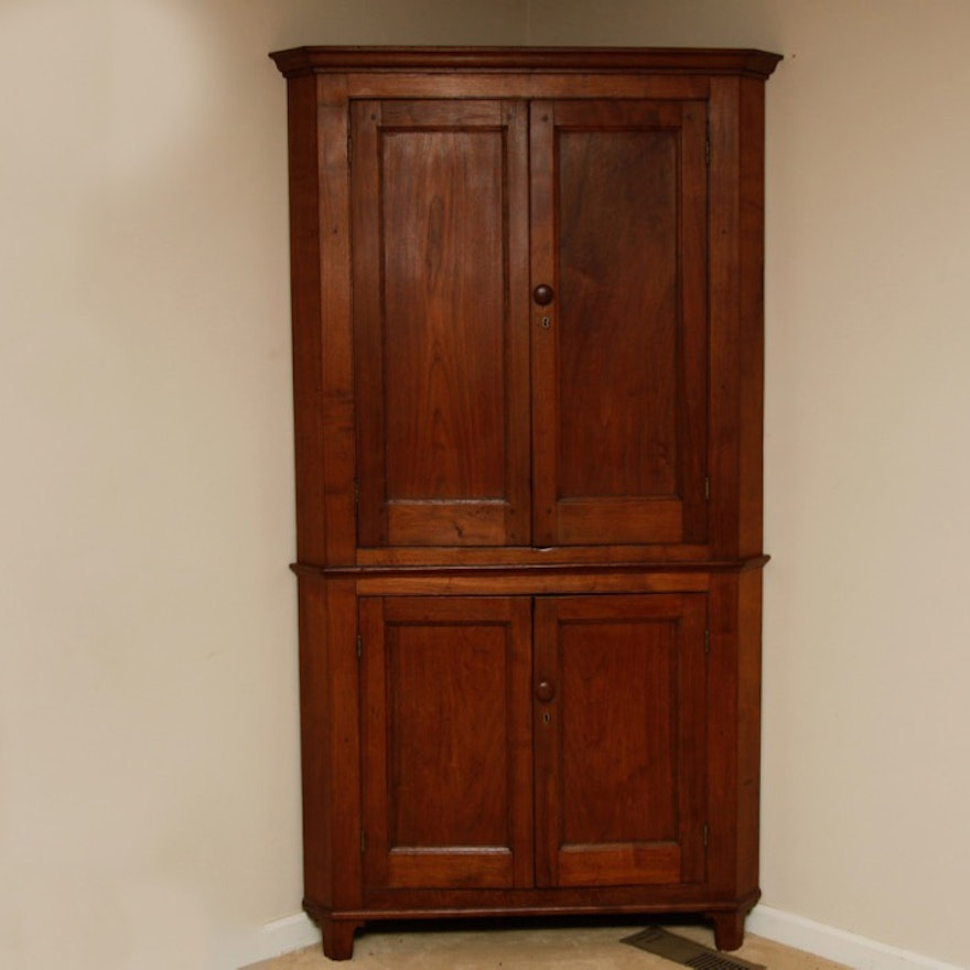 Antique Kentucky Cherry Corner Cupboard ... - Antique Kentucky Cherry Corner Cupboard : EBTH