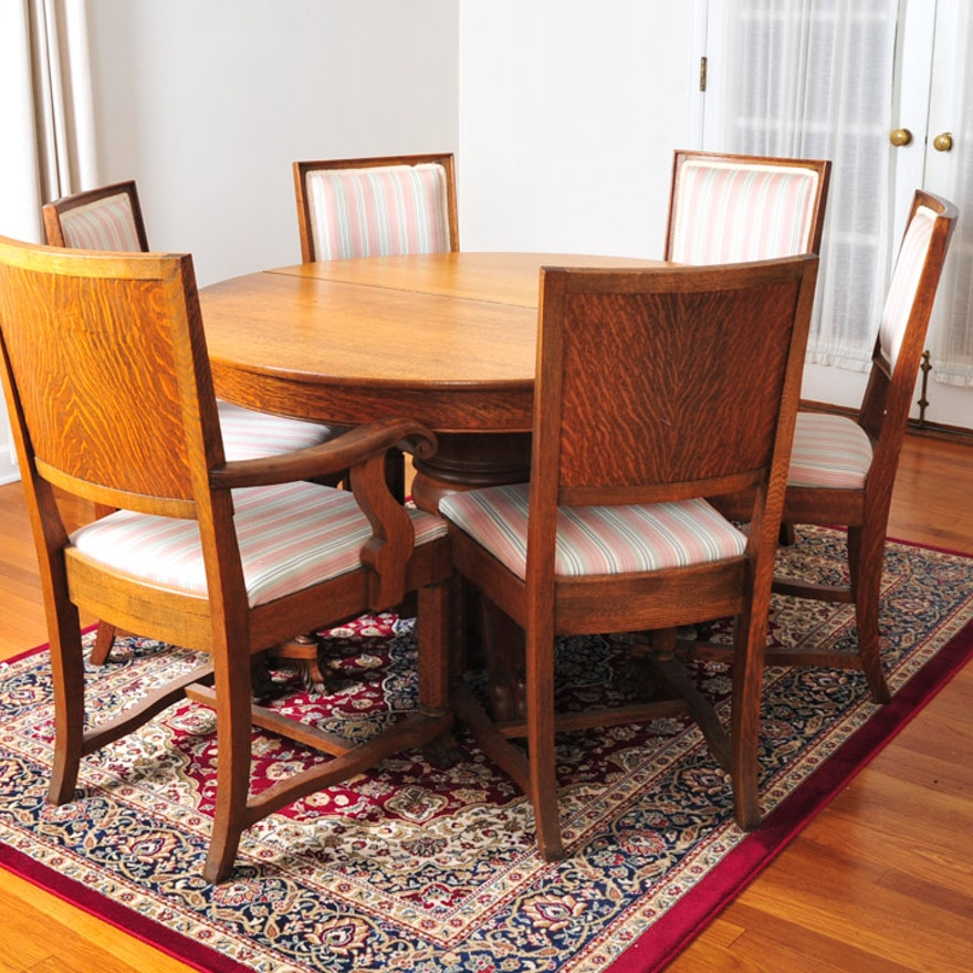 Claw Foot Oak Round Dining Table And Chairs EBTH - Claw foot oak dining table