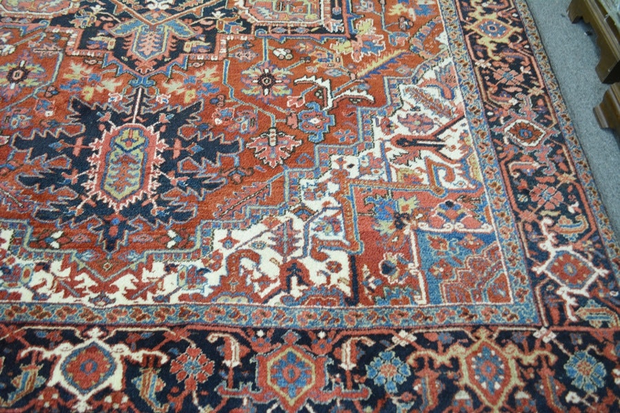 Serapi Style Hand Knotted Wool Area Rug Ebth