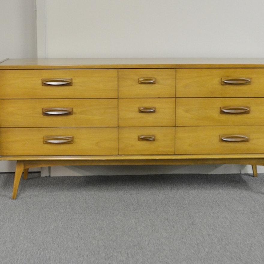 Furniture Mid Century Modern: Vintage Mid Century Modern Dresser By United Furniture