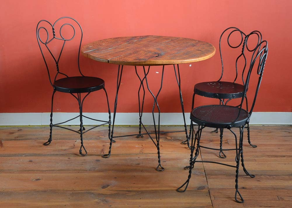 Delicieux Vintage Ice Cream Parlor Table And Three Chairs ...
