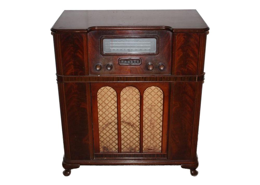 Sparton Radio and Phonograph Cabinet : EBTH