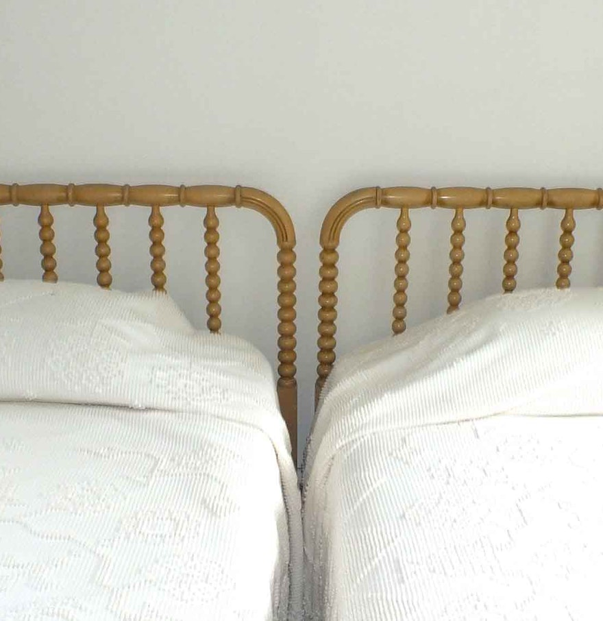 Pair Of Twin Beds With Jenny Lind Headboards