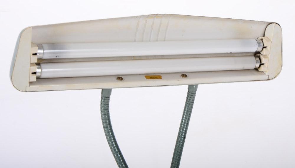 Dazor Industrial Desk Light Model 1000 Ebth