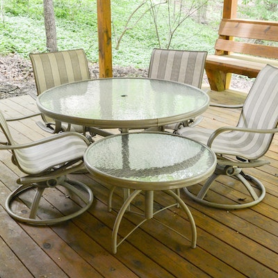 Round footed concrete planters with vineyard design ebth for Homecrest outdoor furniture