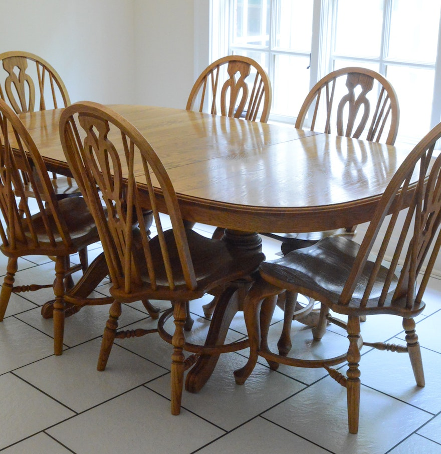 Richardson brothers oak dining table and chairs ebth for Oak dining room table chairs