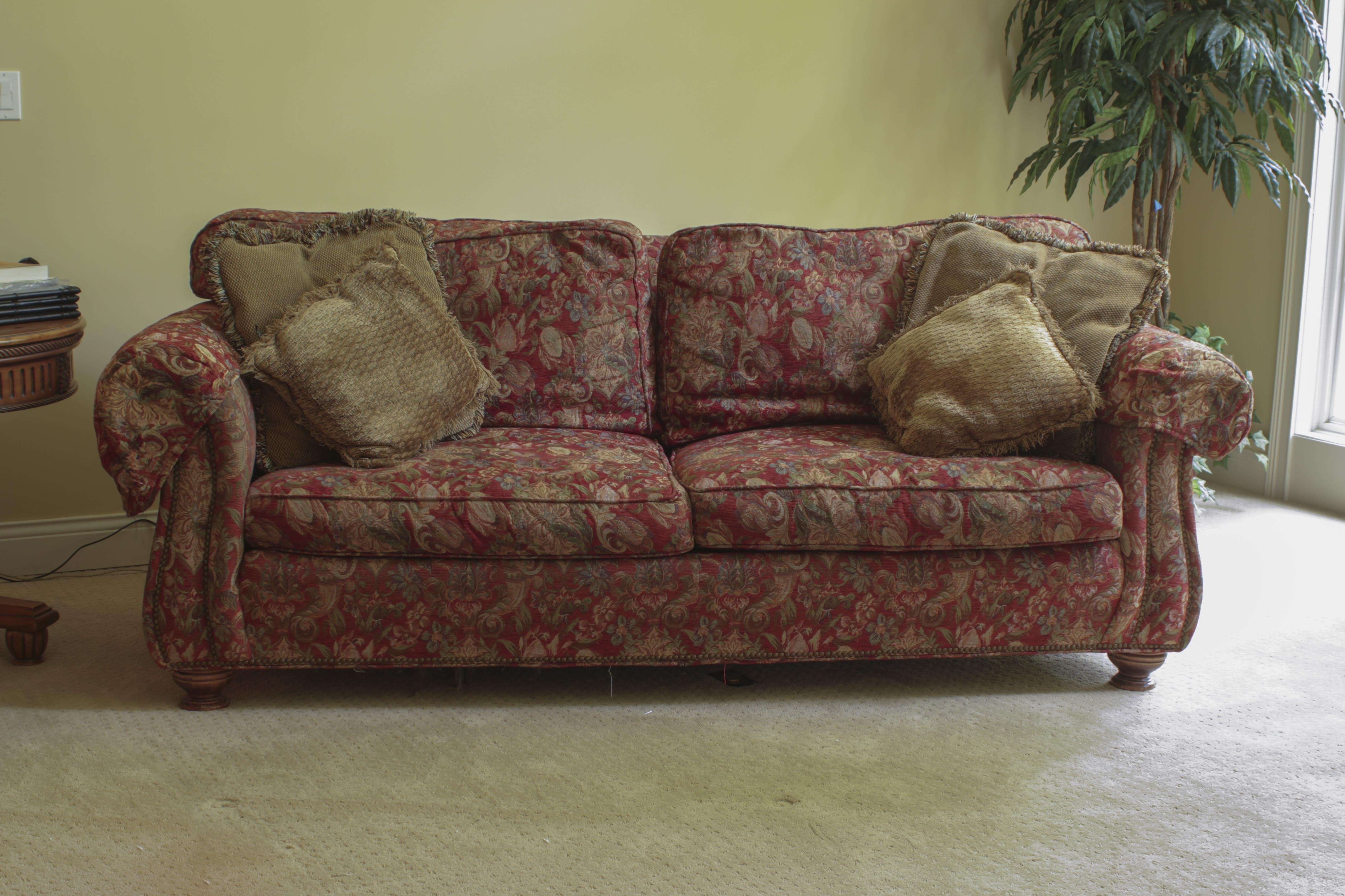 King Hickory Sofa; 1x1 ...