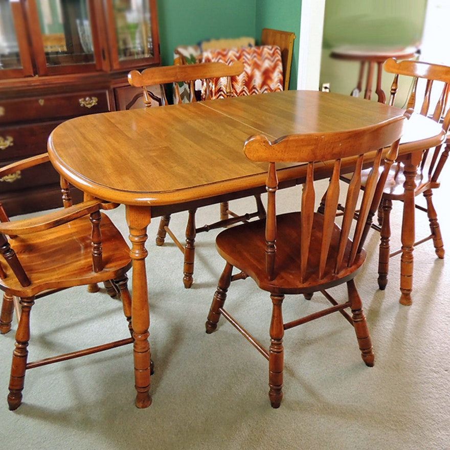 Virginia House Dining Table And Four Chairs
