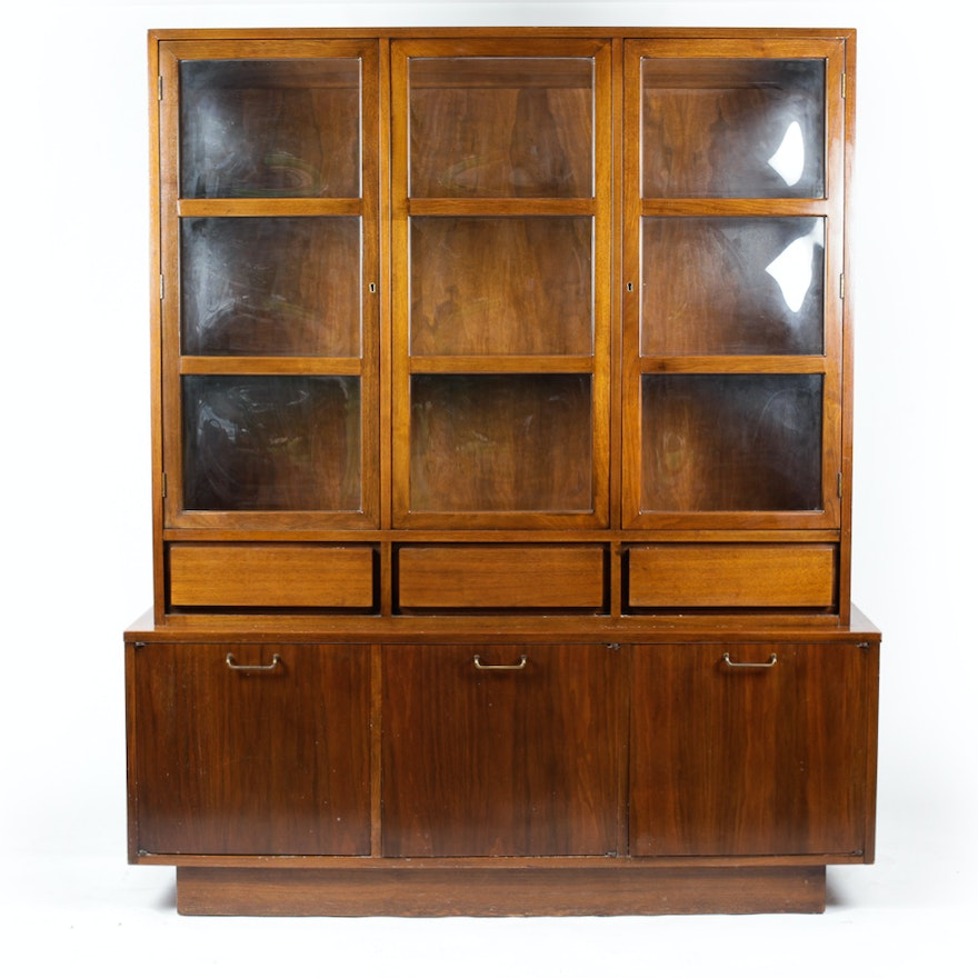 American Of Martinsville Bubble Gl China Cabinet