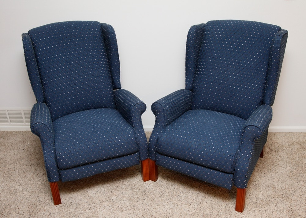 Lazy Boy Wingback Recliner Pair ... & Lazy Boy Wingback Recliner Pair : EBTH
