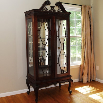 Curio Cabinet - Online Furniture Auctions Vintage Furniture Auction Antique
