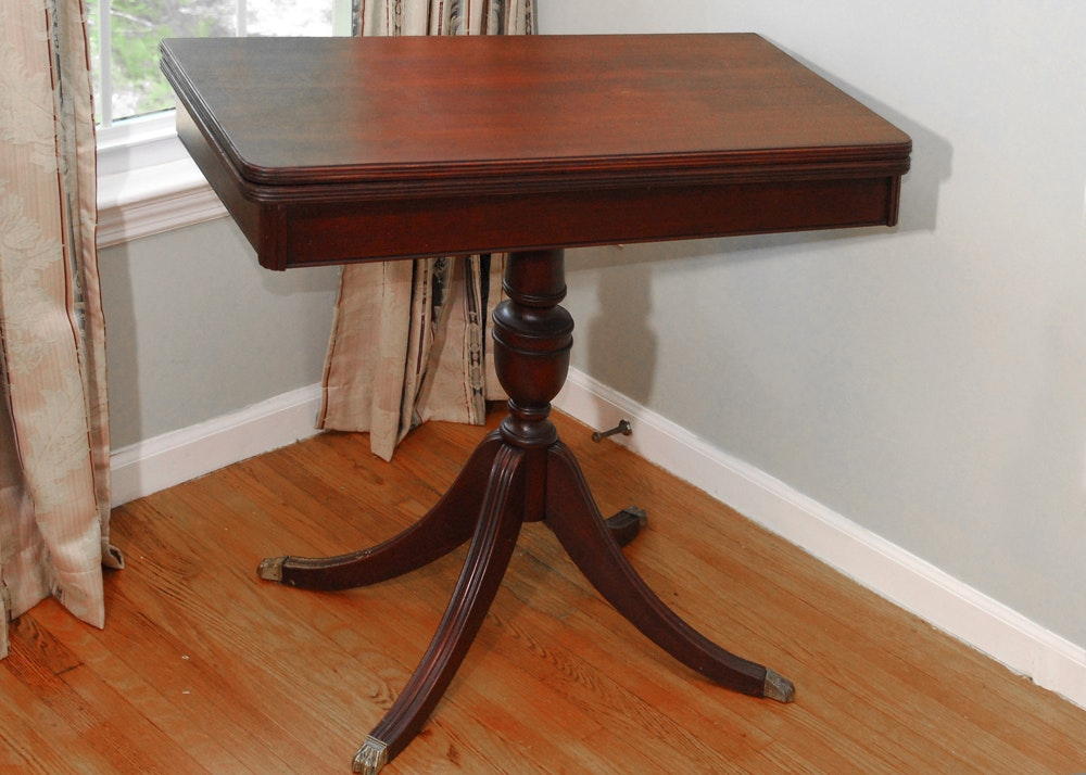 Duncan Phyfe Style Gaming Table Ebth