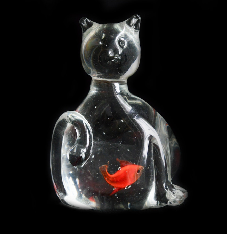Hand Blown Glass Cat Paperweight With Fish Ebth