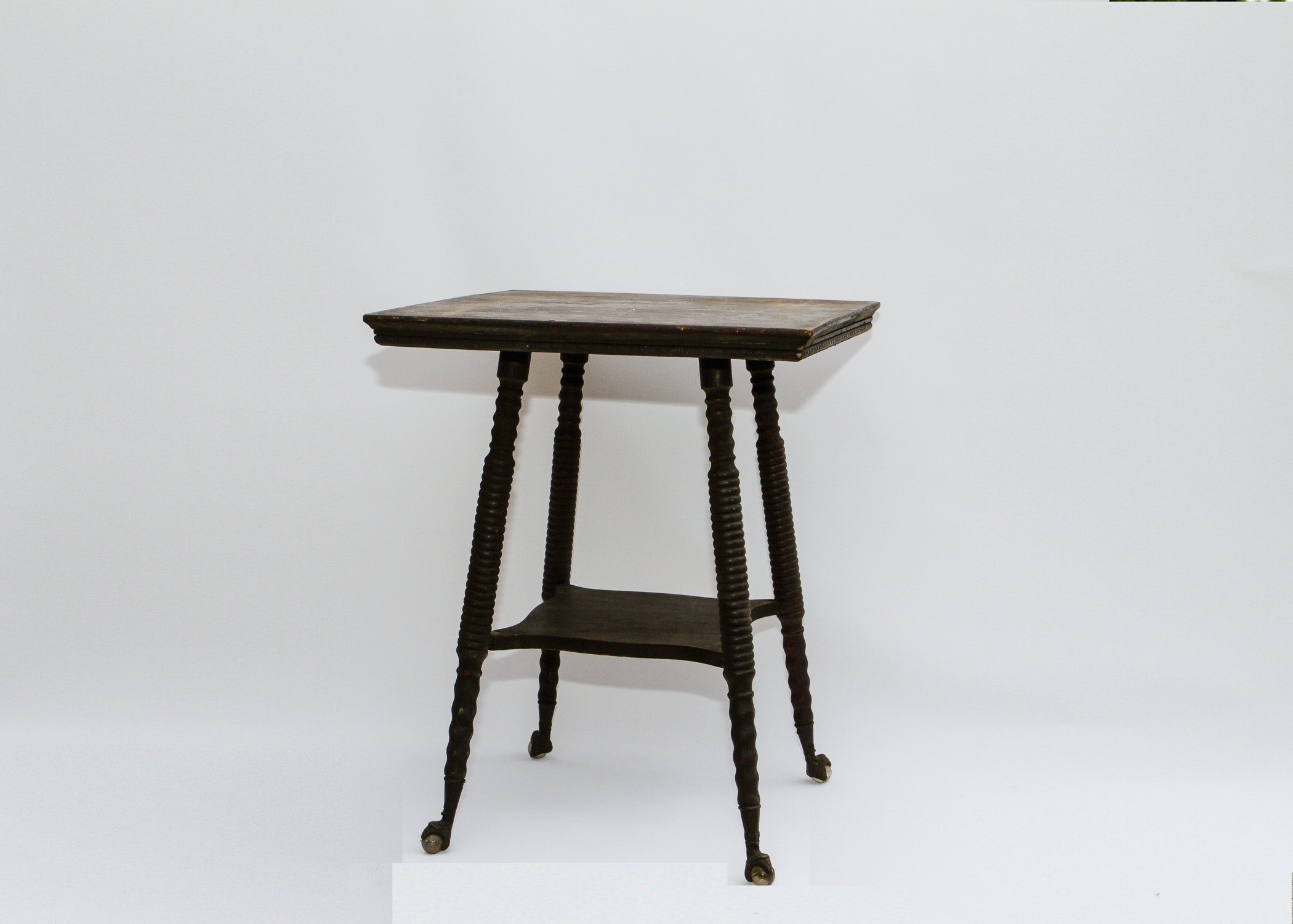 Victorian Antique Parlor Table With Claw And Ball Feet ...
