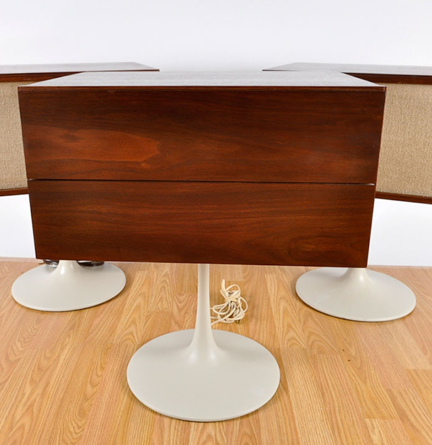 Klh Mid Century Modern Pedestal Turntable With Two