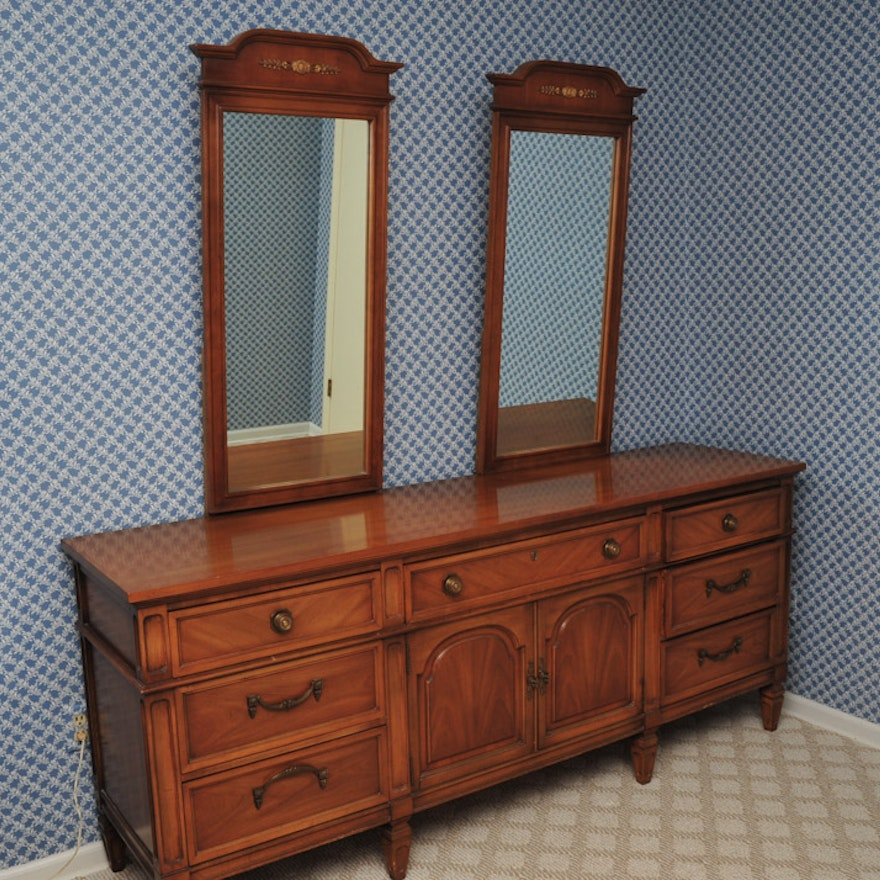 Large Vintage Dresser With Two Mirrors Ebth