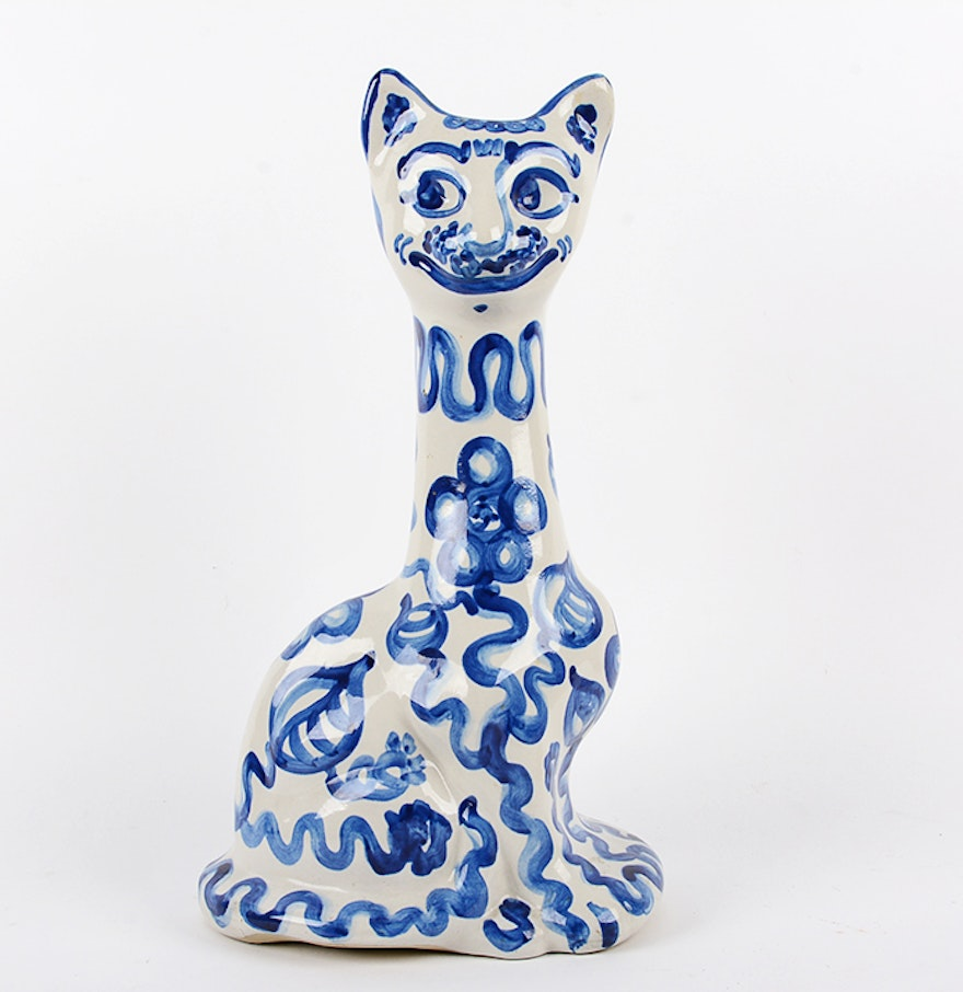 Blue and white pottery - M A Hadley Blue And White Pottery Cat Vase