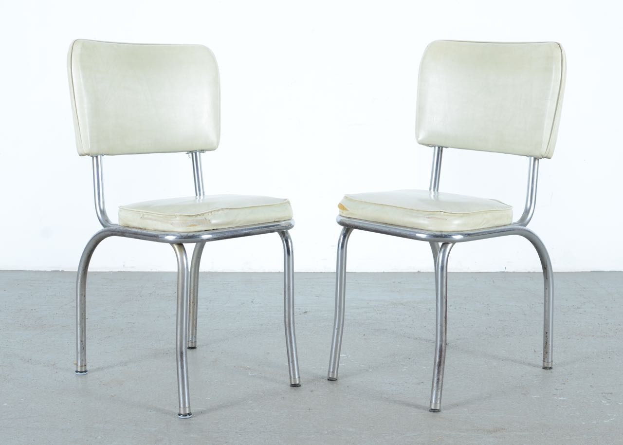 Pair of Vintage Chairs by the Louisville Chair Company EBTH