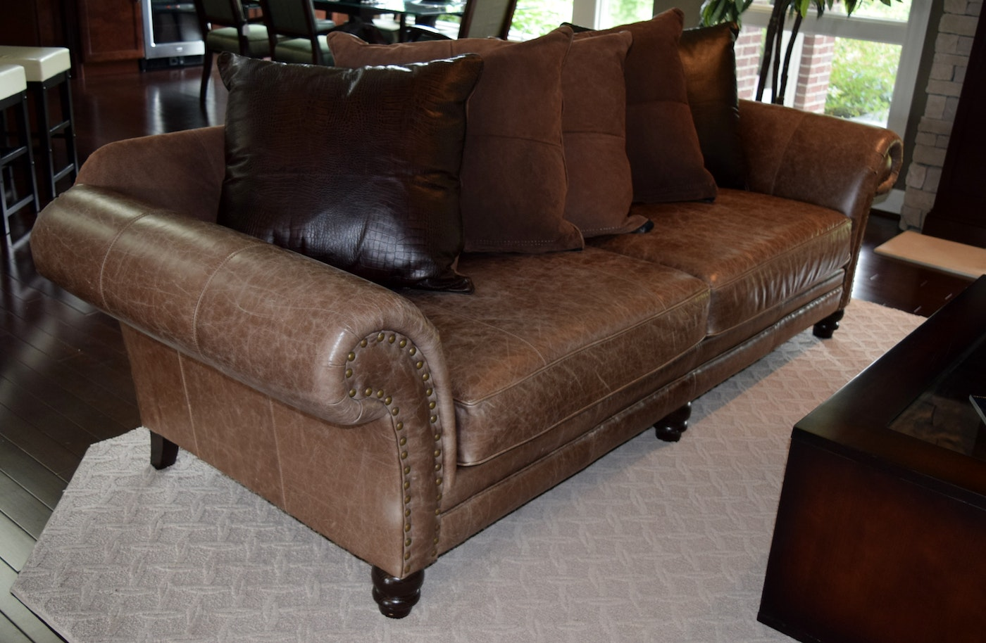 Bernhardt Distressed Leather Sofa : EBTH