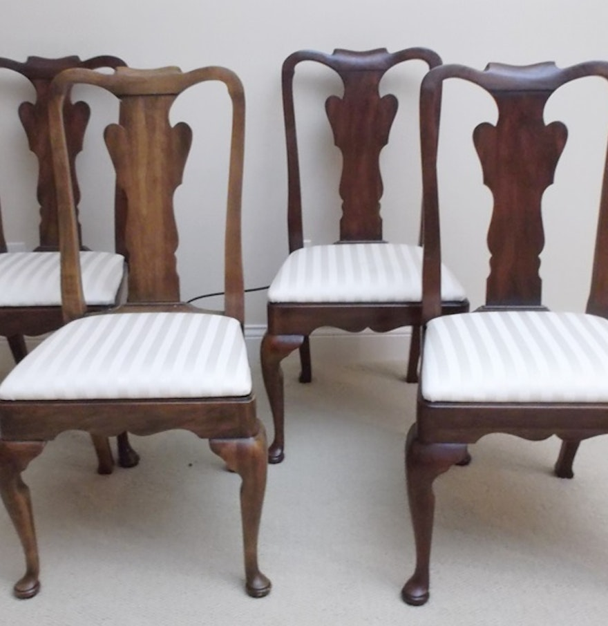 Set of Four Queen Anne Style Splat Back Dining Chairs : EBTH
